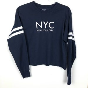 New York City Graphic Semi Cropped Long Sleeve Top